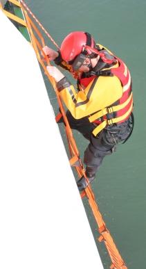 Em Ladder Carnival Trial 008